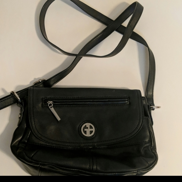 Gianni Bini Handbags - Giani Bernini black leather purse